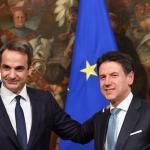 Kyriakos Mitsotakis était à Rome pour réfléchir, avec son homologue italien Giuseppe Conte, à des solutions en vue du prochain sommet européen. ANDREAS SOLARO/AFP
