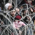 Les réfugiés affluent à la frontière grecque et turque le 1er mars 2020.