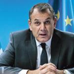 «D'ici à cinq ans, les forces armées compteront environ quinze mille hommes de plus», confie Nikos Panagiotopoulos, le ministre grec de la Défense (ici à Bruxelles en novembre 2019). www.alamy.com/Alamy Stock Photo