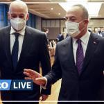 Le ministre grec des Affaires étrangères, Nikos Dendias, et son homologue turc, Mevlut Cavusoglu. TURKISH FOREIGN MINISTRY / REUTERS