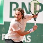 Stefanos Tsitsipas pendant un entraînement à Roland-Garros (P.Lahalle/L'Équipe)