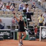Maria Sakkari après sa victoire. (S.Boué/L'Équipe)