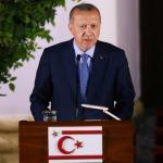 Le président turcRecep Tayyip Erdogan, le 10 juillet 2018, dans la partie nord de Nicosie. PHOTO / YIANNIS KOURTOGLOU / REUTERS.