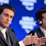 Manuel Valls et Alexis Tsipras, Premiers ministres respectivement de la France et de la Grèce, se rencontrent à nouveau. Ici au forum de Davos, le 21 janvier 2016.
