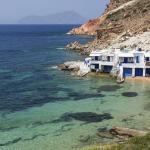 Une crique idéale, sur l'île de Milos. Crédits photo : Lefteris Papaulakis/Lefteris Papaulakis - Fotolia