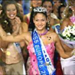 La Hongroise Laky Zsuzsanna, vainqueur Miss Europe 2003