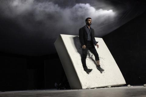 Dimitris Theodoropoulos dans Still Life de Dimitris Papaioannou