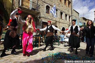 Au village d'Olympi, la danse de la femme de l'agha