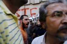 Une manifestation pour le non dans les rues d'Athènes, vendredi.
