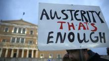 Manifestation contre l'austérité devant le parlement grec le 11 février. Crédits photo: YANNIS BEHRAKIS/REUTERS