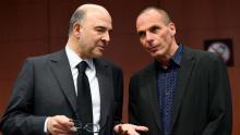 Le commissaire européen Pierre Moscovici et le ministre grec des Finances Yanis Varoufakis. Crédits photo : EMMANUEL DUNAND/AFP