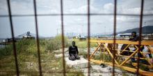 Des migrants dans le port d'Igoumenitsa, en Grèce.