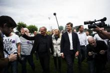 Arnaud Montebourg reçoit Yanis Varoufakis en tant qu'invité d'honneur à l'occasion de la Fête de la Rose. (Photo Albert Facelly pour Libération)