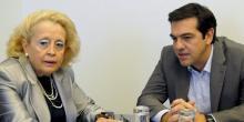 La nouvelle Premier ministre grecque Vassiliki Thanou, ici à côté de son prédéceseur, a été promue juge de la Cour suprême en 2008. (Crédits : REUTERS/Evi Fylaktou/Eurokinissi)