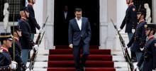 Alexis Tsipras, à la villa Maximos, résidence du premier ministre, à Athènes le 11 avril. Crédits photo : © Alkis Konstantinidis / Reuter/REUTERS
