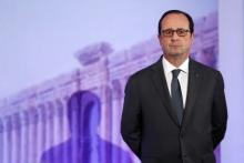 François Hollande, ici le 13 décembre au Grand Palais, aapporté son soutien à la Grèce après l'annonce du Mécanisme européen de stabilité (MES).