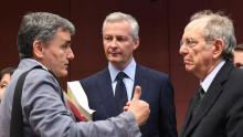 Le ministre des Finances grec Euclid Tsakalotos, le ministre de l'Economie français Bruno Le Maire, et le ministre des Finances italien Pier Carlo Padoan. Crédits photo : EMMANUEL DUNAND/AFP