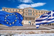 """Eric Dor : """"L'Eurogroupe n'apportera pas de solution durable à la Grèce"""" - Shutterstock"""