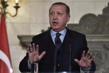Recep Tayyip Erdogan: «Je ne suis pas professeur de droit, mais je connais le droit de la politique, et dans ce domaine le terme de révision des Traités existe.» Image: AFP