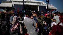 Un migrant originaire d'Afghanistan, sur l'île de Lesbos, le 2 septembre.