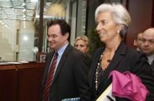 M. Papakonstantinou et Mme Lagarde à Bruxelles