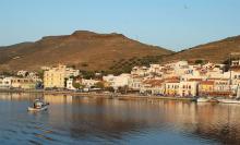 Jetée du port à Korissia