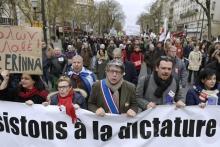 Manifestation de soutien à Syriza du parti de Gauche à Paris.