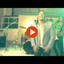 ΓΙΝΕΤΑΙ - ΑΝΤΩΝΗΣ ΡΕΜΟΣ - OFFICIAL VIDEO CLIP - 2014 ♫♪ ♥ Ε.Μ. ♥ ♫♪